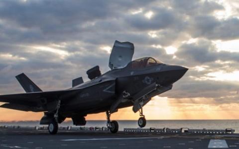 Mỹ ngưng bay toàn bộ chiến đấu cơ tàng hình F-35