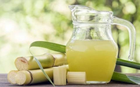 Tác dụng bất ngờ của nước mía trong điều trị bệnh dạ dày mãn tính