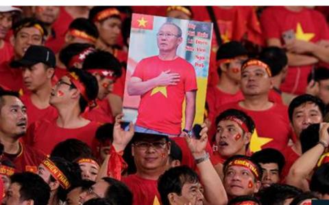 Báo Hàn Quốc mong HLV Park Hang Seo làm nên lịch sử cho bóng đá Việt Nam